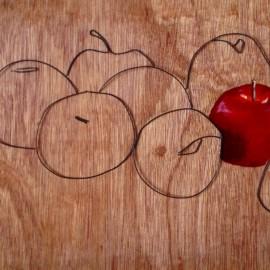 Wire Art Apple
