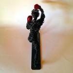 Wire boxer sculptuer clout-s