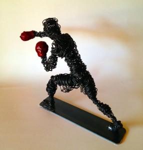Wire sculpture boxer clout-s