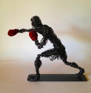 wire boxer sculpture Clout-s